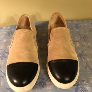 Two toned slip on shoes